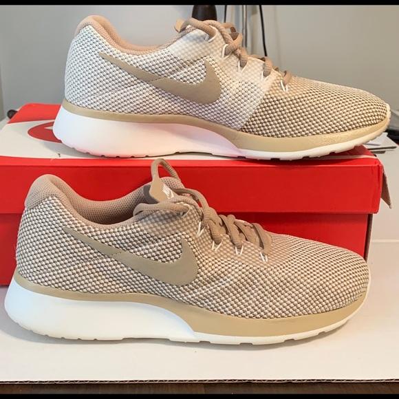 release date d14bd 30197 Nike two tone Tanjun Racer - mushroom sail color. M 5c539bd795199610573b9c8a